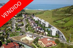 Villas, bajos con jardín, viviendas de 3 dormitorios con terraza, áticos